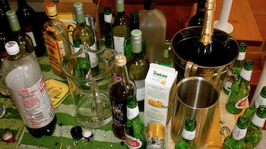 When You Should Throw Away Your Leftover Booze