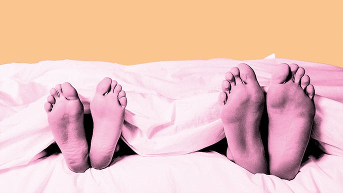 Both Men and Women Get Bored With Monogamy—Just For Different Reasons